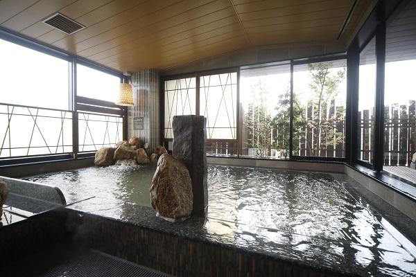 男性内風呂(湯温:40〜42℃)