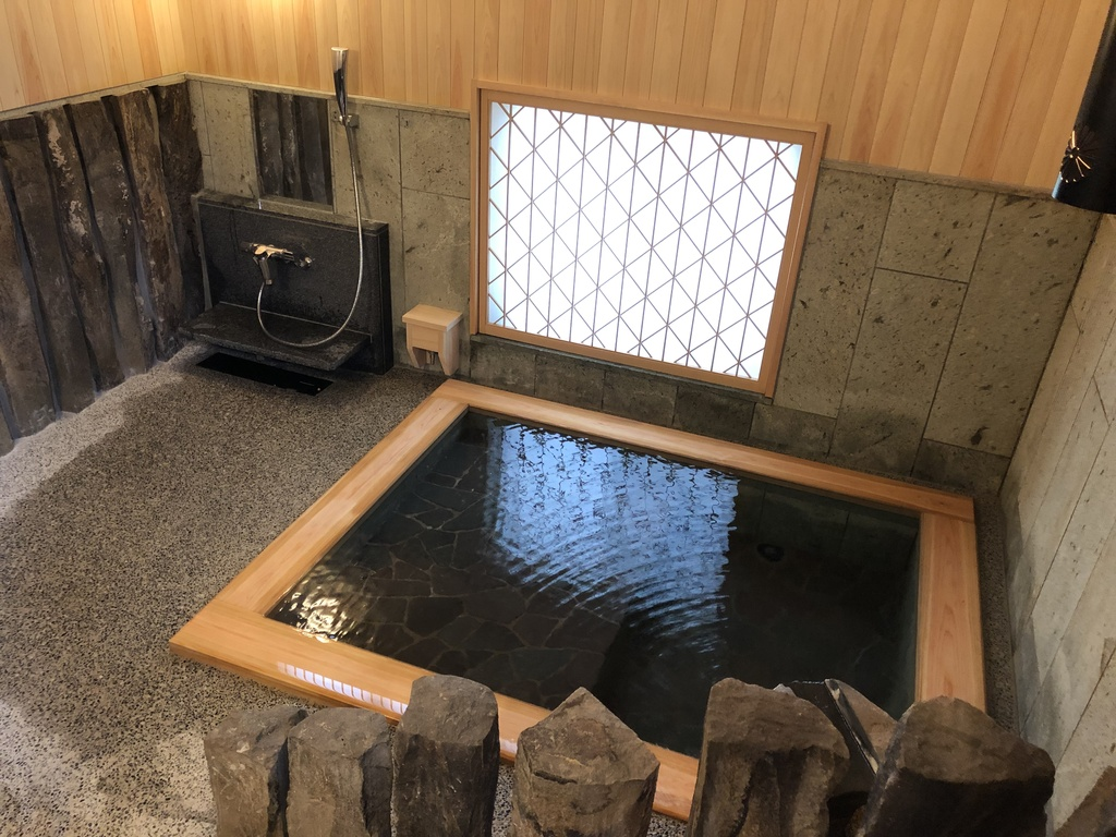 【無料貸切風呂:内湯】「古代の湯」令和元年7月13日リニューアル★寝湯で源泉掛け流し温泉を堪能