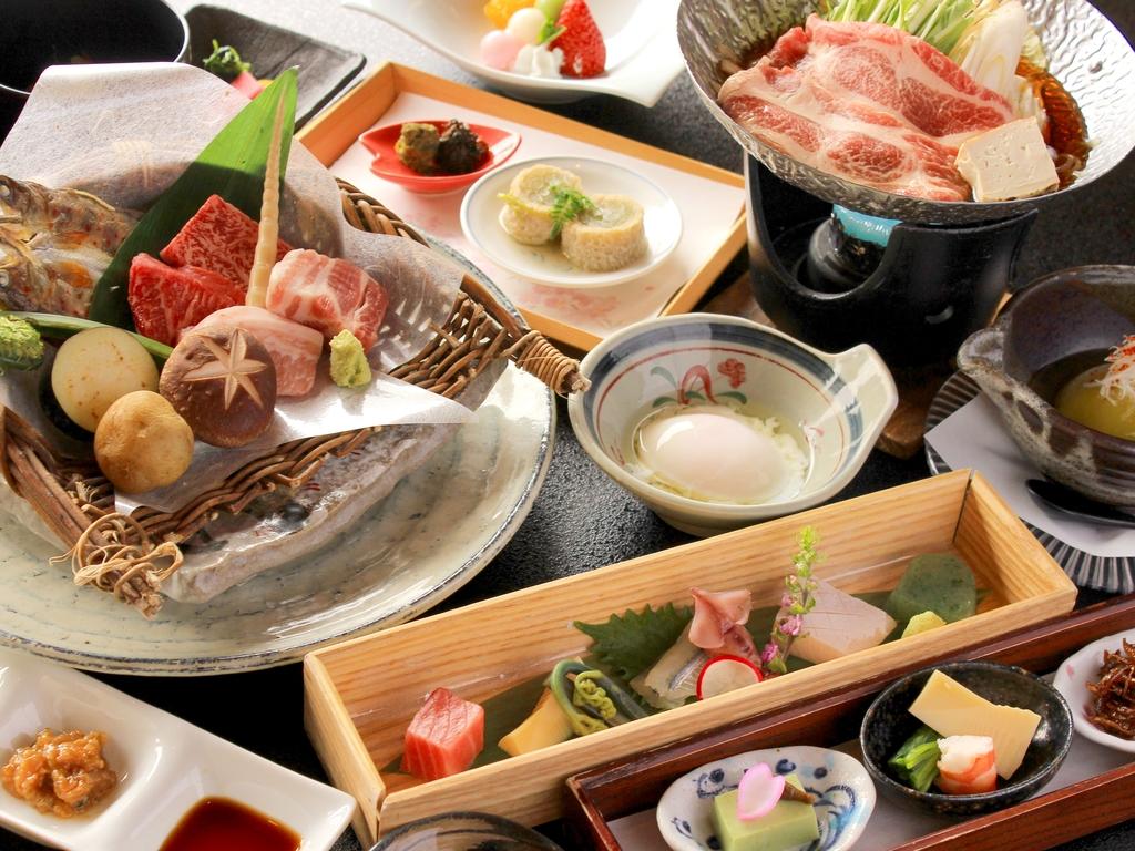 【夕食】飛騨牛と飛騨豚の食べ比べ会席(一例)