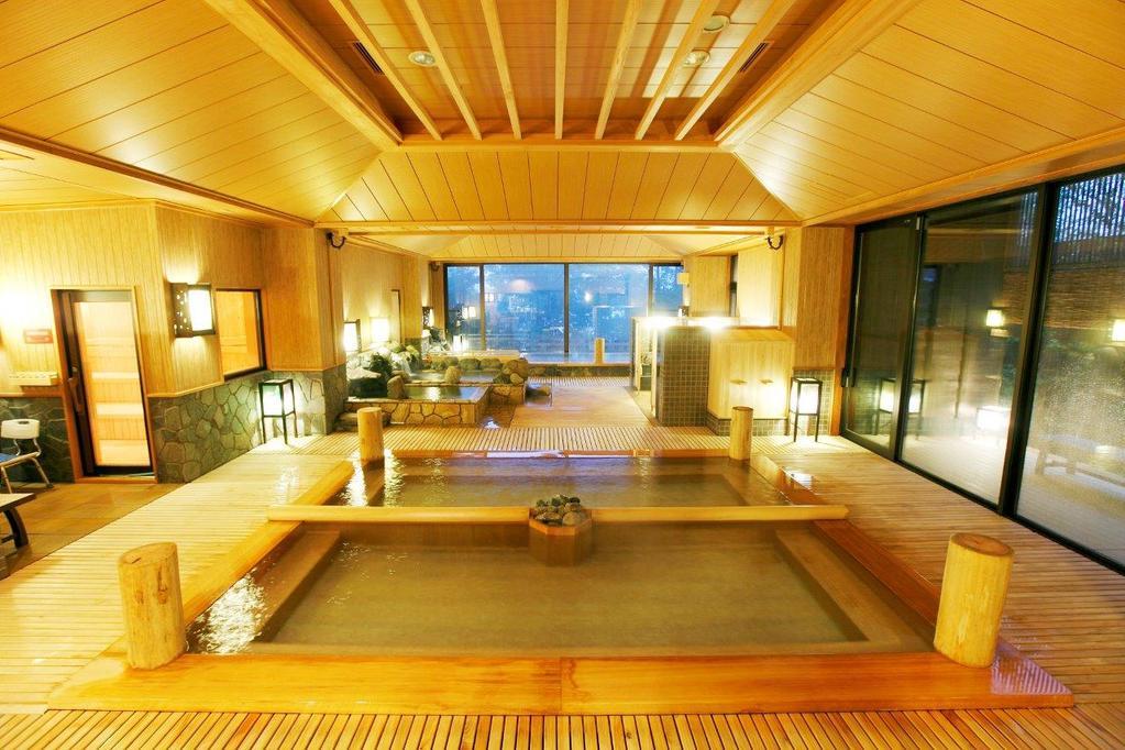 【大浴場】季の湯-内湯 . Inside the big bath