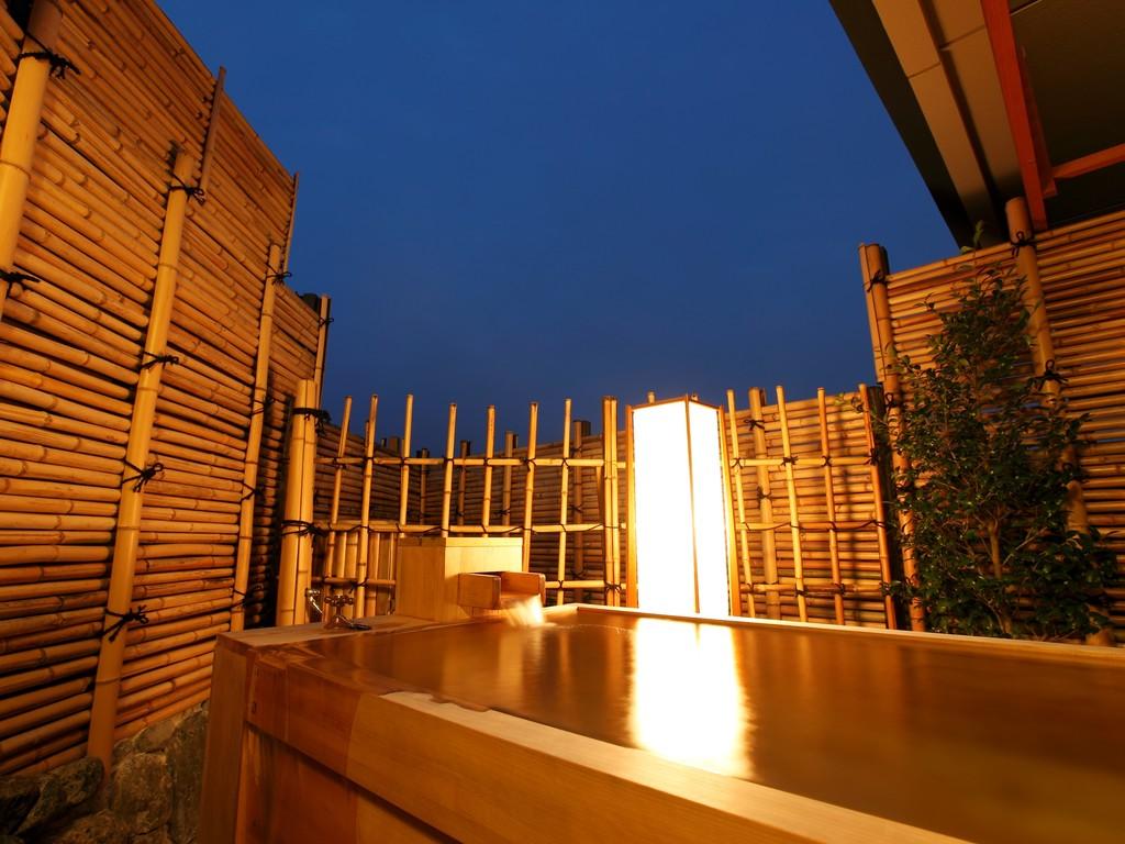 【最上階露天風呂】古都、嵐山の星空を見上げて入る客室露天風呂は格別のひと時・・