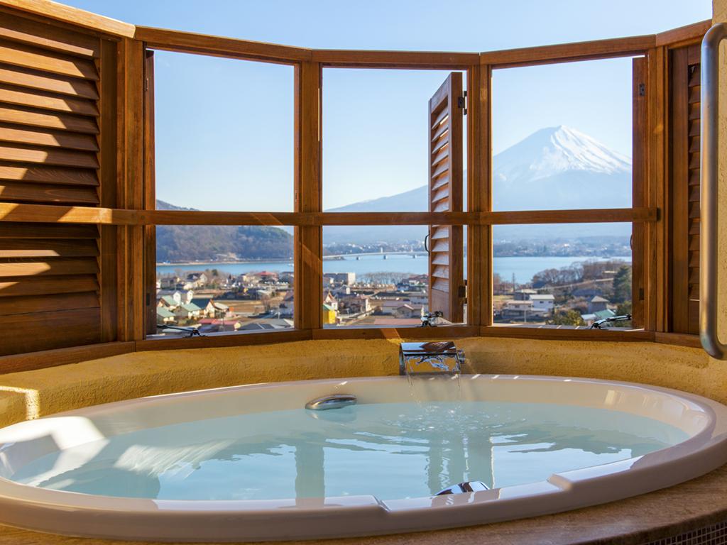 【カップル限定】露天風呂付き客室で富士山を二人占め☆特典付