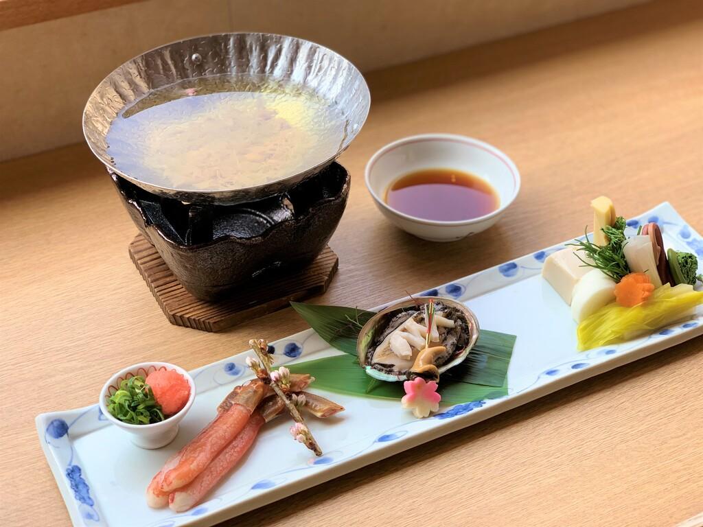 蟹と鮑の鍋