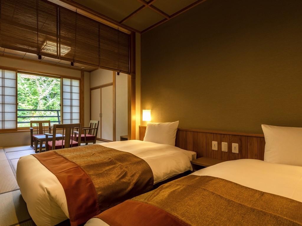≪天然温泉≫露天風呂付和洋室(一例)…40�uほどのゆとりある客室で、一間で最大4名様までご宿泊可能。