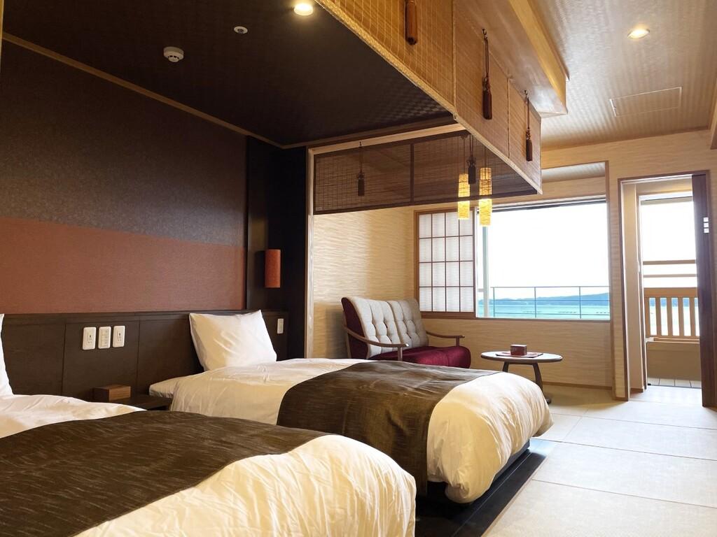 【客室一例】檜の露天風呂を設えたオーシャンビューの客室(イメージ)