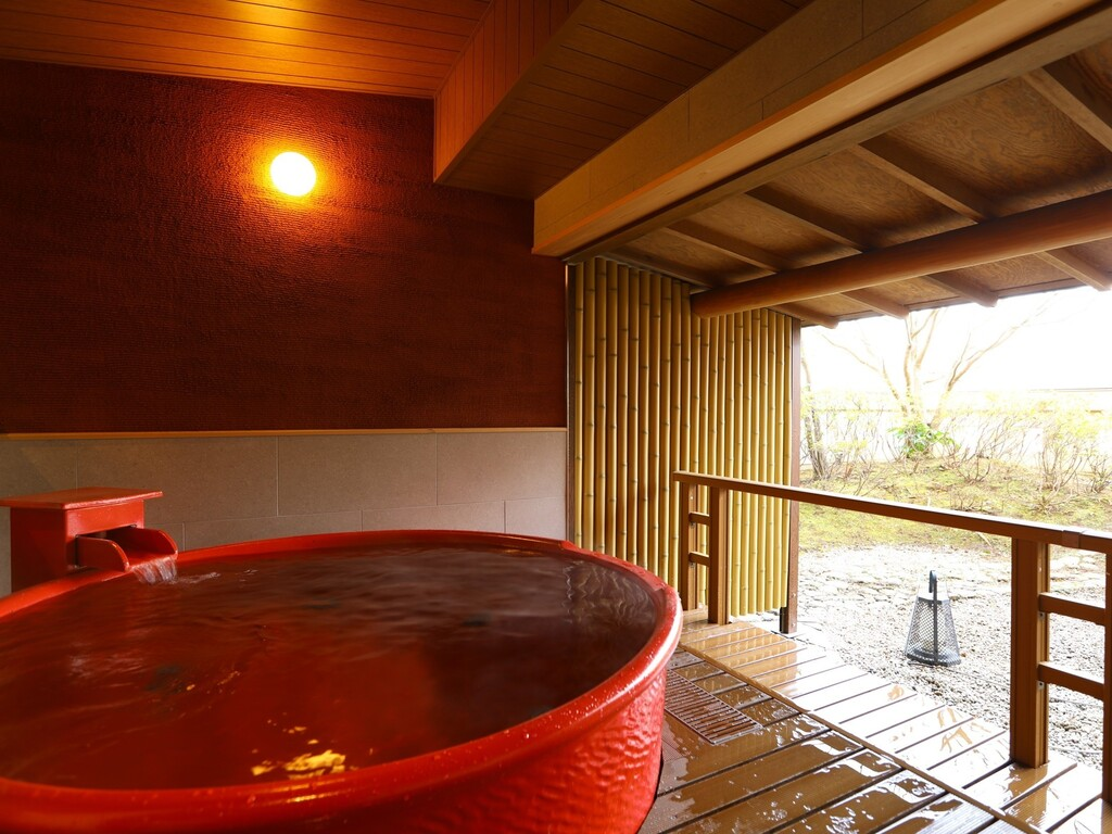 貸切風呂『ななゆめぐり』朱壺の湯