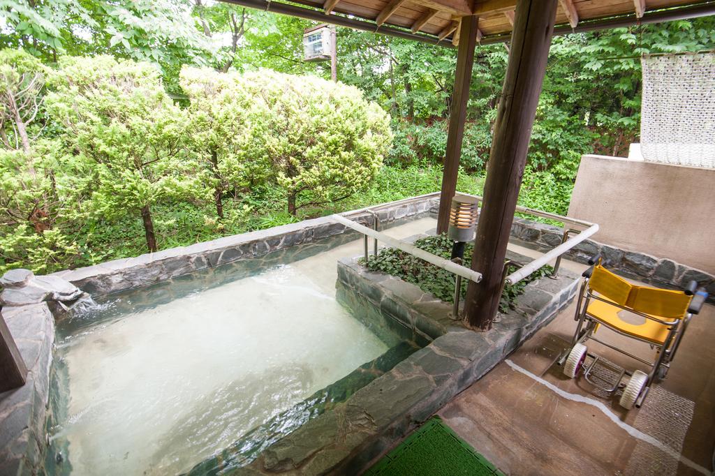 車イスで入浴できる貸切露天風呂