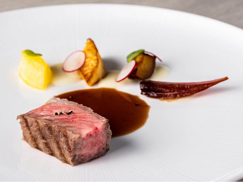 【OZIOディナー】肉料理(メイン)※写真はイメージです。