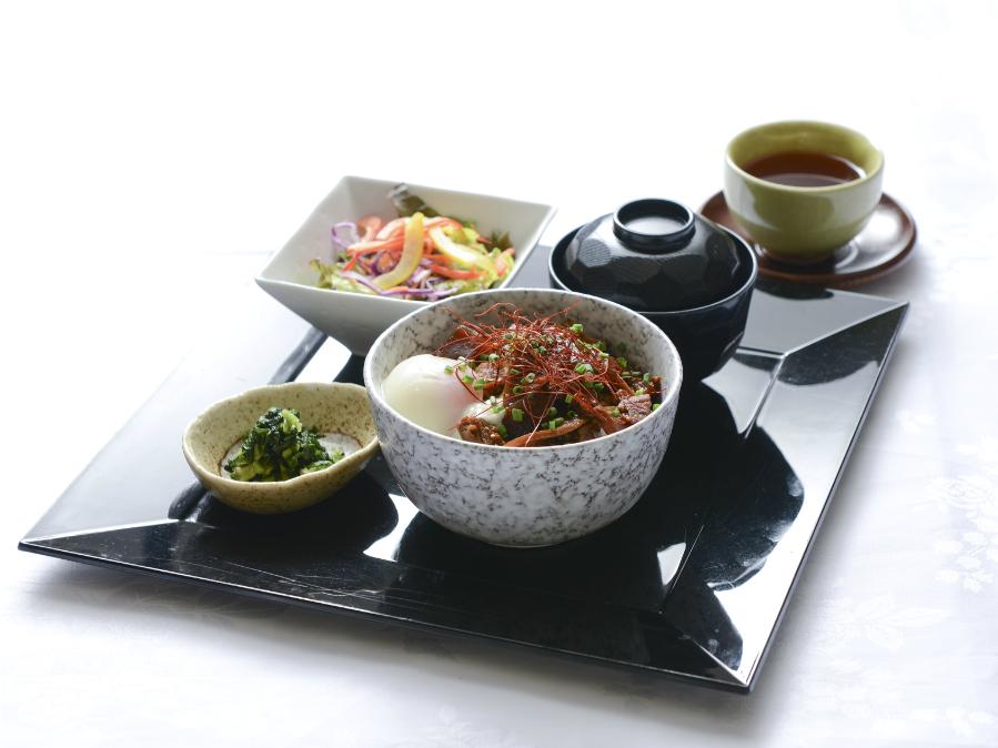どて煮丼(選べる朝食プレート)