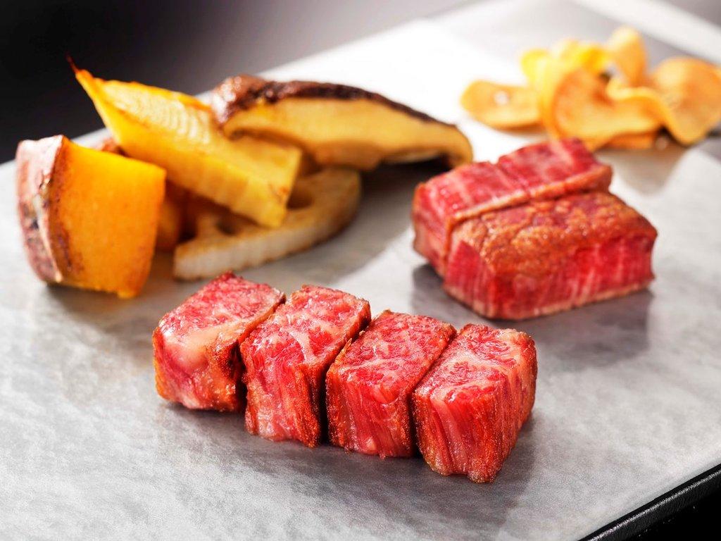 【夕食】鉄板焼きディナー※写真はイメージです