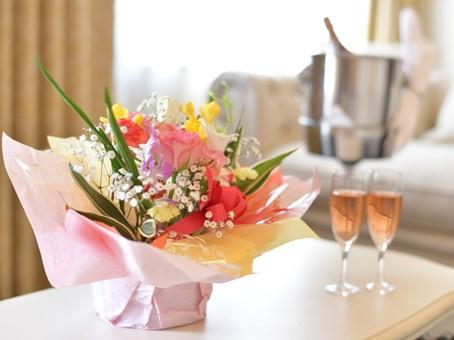スイートルーム 花とシャンパン1