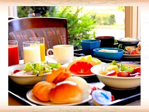 ご朝食・和洋バイキング