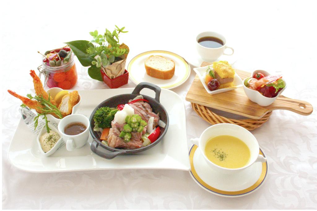 料理長おすすめディナー(洋食の一例)