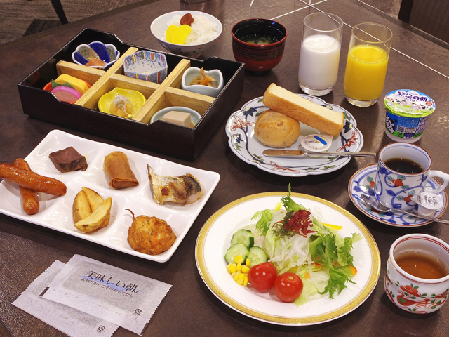 朝食(お席でのイメージ)