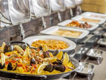 【早期割30】早期予約でお得に1泊2食◆夕食は大好評!口コミ4.5以上60種類のバイキング