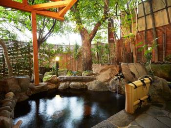 【6・7月限定】梅雨の合間にほっこり寛ぎ湯浴みタイム人気の貸切露天特典付プラン