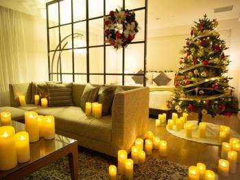 【 STRINGS ☆ CHRISTMAS 】 クリスマスデコレーションルームでサプライズ   -朝...