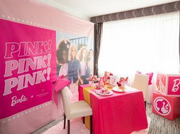 【1日2組限定 ≪1部12:00~16:00≫】PINK!PINK!PINK!スイーツパーティー×Barbie...