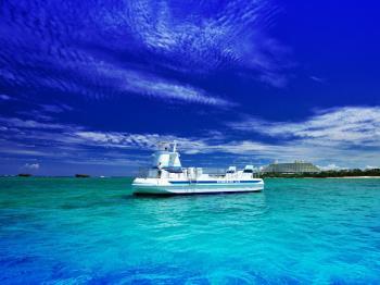 【半潜水艦で海中観覧♪】サブマリンJr.IIでいく☆生き物あふれる海の世界(ブッフェ朝食付)2連泊以上