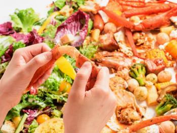 【夕朝食付★夏限定ディナー】手づかみがうまくて楽しい♪SURF&TURFレストラン(ブッフェ朝食付)