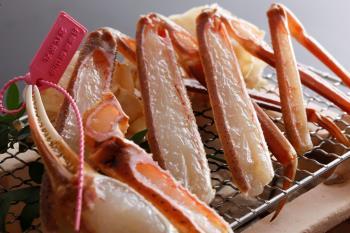 【早割30】〈 早期申込で割引きと特典付きでお得〉冬の味覚を食す〈蟹会席 スタンダード〉