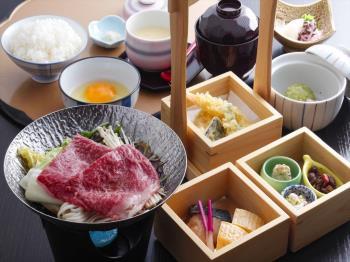 〈日帰り昼食 ダイニング康貴〉【数量限定】姫路和牛すき焼き御膳