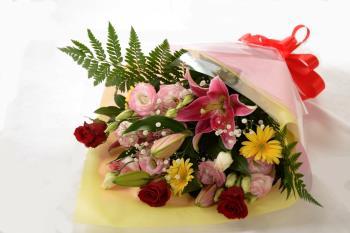 【アニバーサリー‐1泊2食】お祝い・記念日におススメ♪花束(アレンジメント)付き宿泊プラン