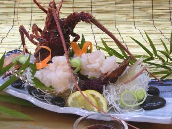 【こだわり料理-1泊2食】お祝いに!うれしい「イセエビ姿造り」付き季節のお会席