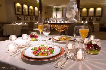 【2019 X'masディナー付き】クリスマスの晩餐~Menu Noel~ in テーマレストラン「レ・セレブリテ」