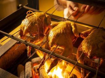 <公式ホームページ限定特典付>【早期予約90】伊達産鶏の炭火焼など冬の美味しい贅沢ビュッフェ~レストランパレシオグランデ