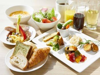 【連泊割/朝食付】2連泊以上でお得!自慢のごちそう野菜の朝ごはん&充実のラウンジサービス付