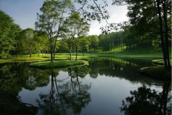 秋のスペシャルゴルフ&ステイプラン(ニドムクラシックコースキャディー付翌日プレー)