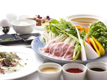 【1泊2食付】四元豚の春しゃぶ&テーブルオーダーバイキングプラン♪