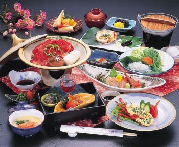 ●憩膳●夕食はオーシャンビュー客室でのんびり堪能♪