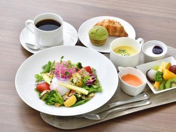 【当日限定・直前割】セミダブル料金でツインルームへアップグレード!<朝食付き>