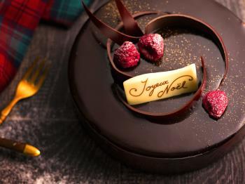 《公式HP限定》【12月限定】冬のご馳走ブッフェ×フランス産チョコレートと濃厚ブリュレのショコラノエル