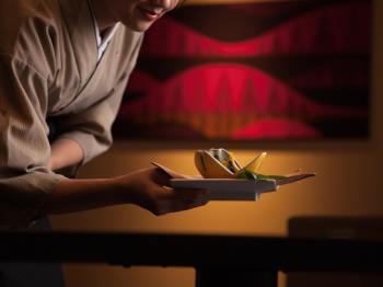 【公式HP限定◆30日前予約】早期予約がお得-基本会席+館内利用券500円付【和食会席/食事処】
