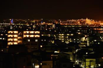 【高層階確約】夜景を楽しみながらゆったり滞在!◆素泊まり◆<バス・トイレ独立/ミニキッチン完備>