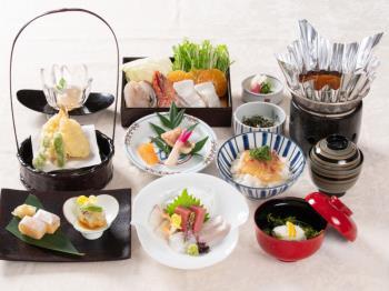 .《最得【期間限定】お値打ちプラン》ご夕食は月替わりで毎月美味しい【日本料理】.