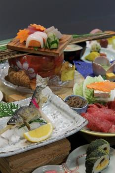 【川湯みどりや】料理長おすすめ熊野ブランド牛と熊野の季節の食材を会席料理にて『熊野牛会席プラン』