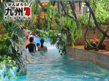 夏はプールでバカンスプラン(屋内プール・パスポート・朝食付)