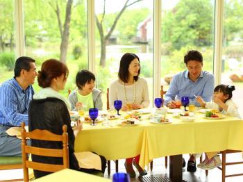 【夏休み】家族でわくわくディナーブッフェプラン(夕食・朝食・パスポート付)