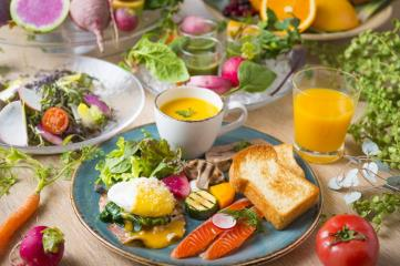 選べるモーニングプレート&サラダバー【朝食付き】