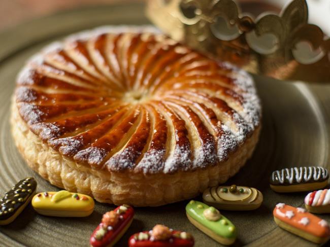 フランス式おみくじで運試し!「ガレット・デ・ロワ(王様のお菓子)」プラン♪ <朝食付>