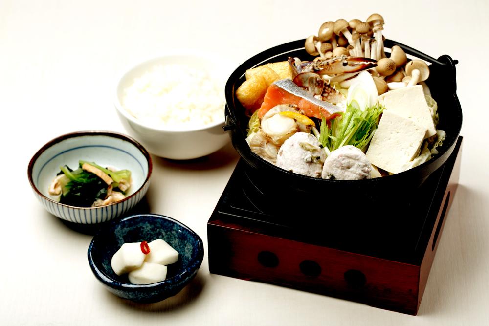 鍋定食一例