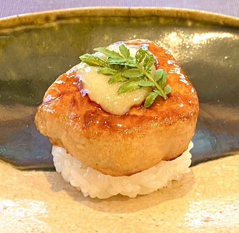 フレッシュ・フォア・グラの飯蒸し 春香ソースイメージ画像