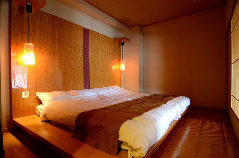 露付き特別室【静の海】ベツトルーム、思わず朝寝坊してしまいそうなお部屋です♪