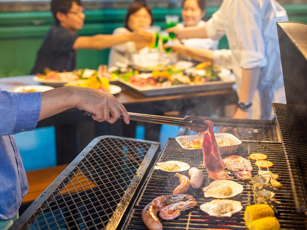 ジュージュー♪焼き立てお肉を召し上がれ!!(イメージ)
