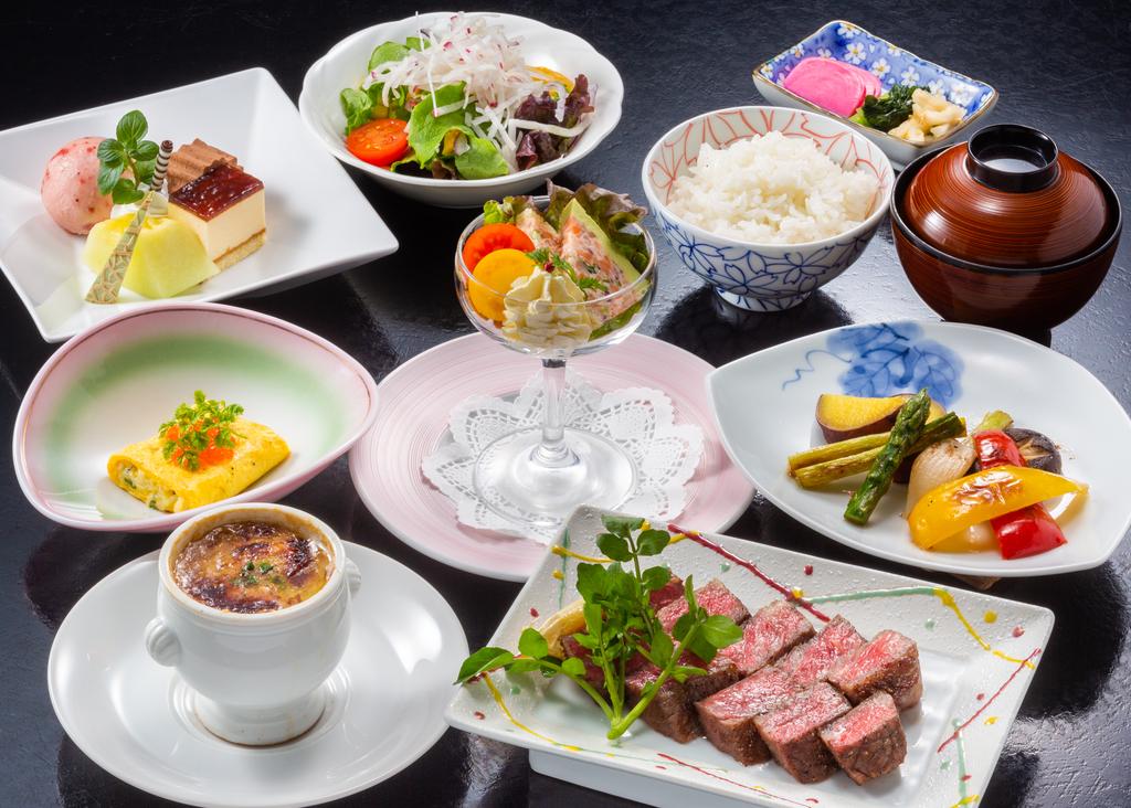 家族揃ってちょっぴり贅沢♪お肉も野菜も大満足の鉄板焼きプラン(大人メニュー・イメージ)