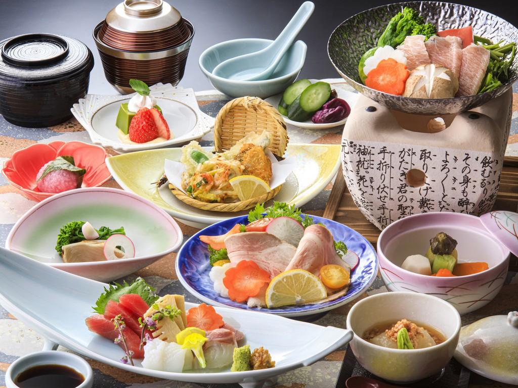 「四季会席」三崎港直送マグロはもちろん、旬の魚介やお肉など充実のお料理♪(2/1〜4/14イメージ)